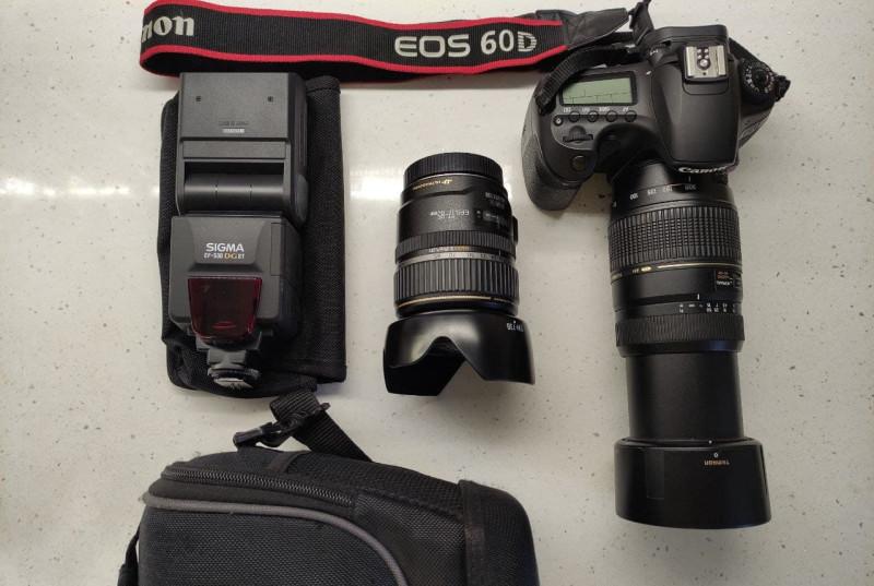 Комплект Canon EOS 60D , Canon 17-85mm, Tamron 70-300mm, Sigma EF-530