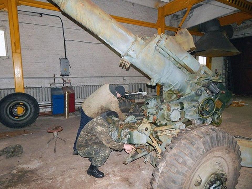 В Ровно начали восстанавливать Д-20