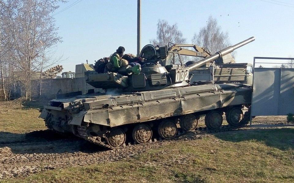 Как трахаются танкисты  фотография