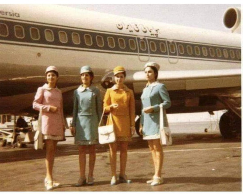 Как выглядели иранские стюардессы до Исламской революции