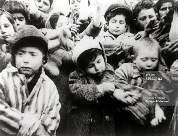 Лагерь смерти Освенцим. Десять шокирующих фактов Corrupt UA 61
