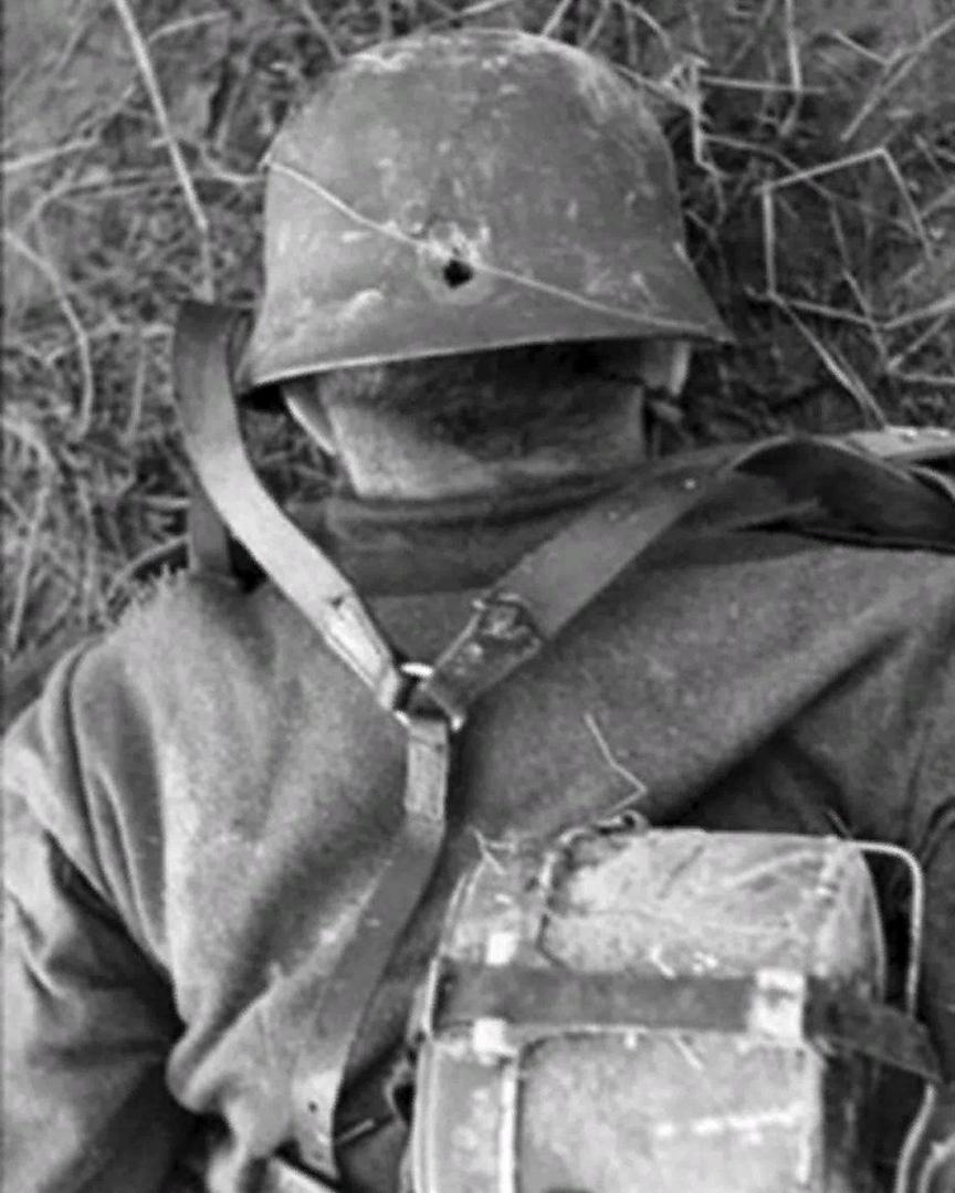 """Довоевались солдаты, районе, современный, немецким, немецкий, солдатТолько, взятый, немец, Гдето, КрымуКанадские, Немецкие, солдатом, снайпером, дивизии, «Гитлерюгенд», SSPanzerDivision, """"Hitlerjugend"""", взятым, танковой, областиУбитый"""