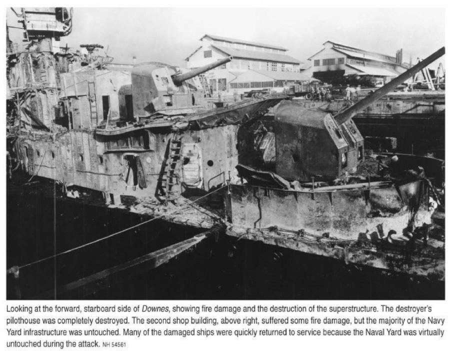 Pearl Harbor Air Raid_186.NH 54561