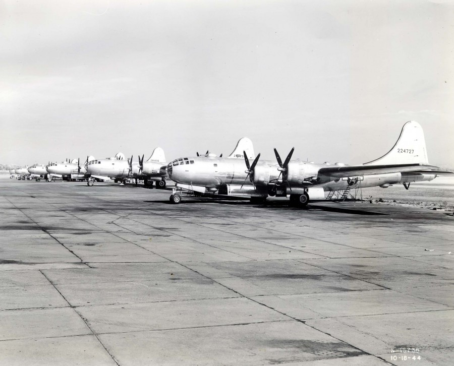 B-29,#42-24727,[B-29-45-BW Superfortress],[built at the Wichita plant, She was lost on March 31,1945 when the crew had to ditch],[3k],,2020-03-26.10022.