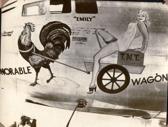 B-29,~Honorable T%DOT%N%DOT%T%DOT% Wagon~,[u-nose-art],2019-12-06,01242