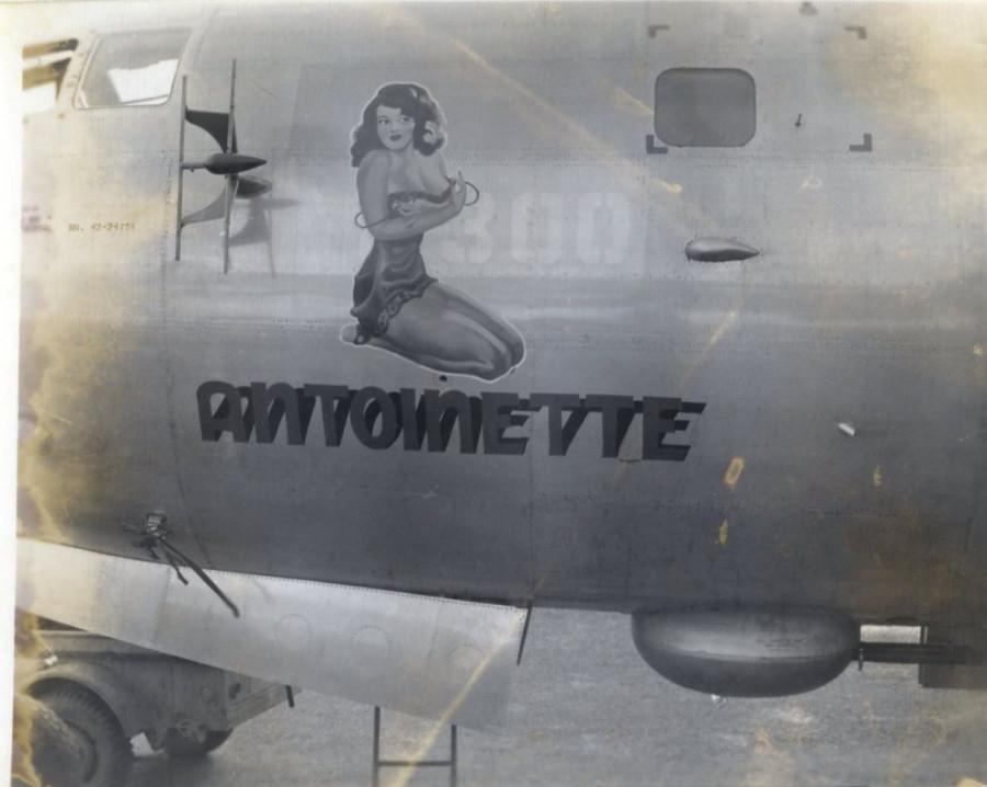 B-29,~Antoinette~,#42-24751,[06-misc-photo-500BG-029-d-r],,2020-02-24,00026