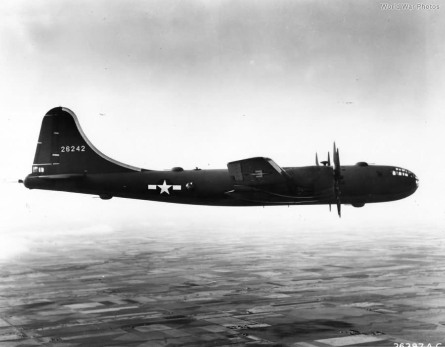 B-29,#42-6242,[m-flight],[y-1943-11],2019-12-06,00023