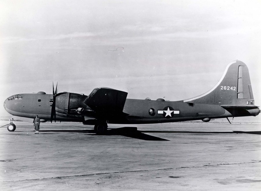 B-29,~Esso Express~,#42-6242,794BS,468BG,58BW,[m-Declared War Weary in 1944 and converted to a bulk fuel tanker while the group was flying from China],2019-12-17,00015