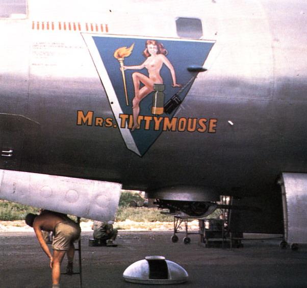 B-29.Mrs Tittymouse.ib-29.tittymouse.73rdbombwing.saipan