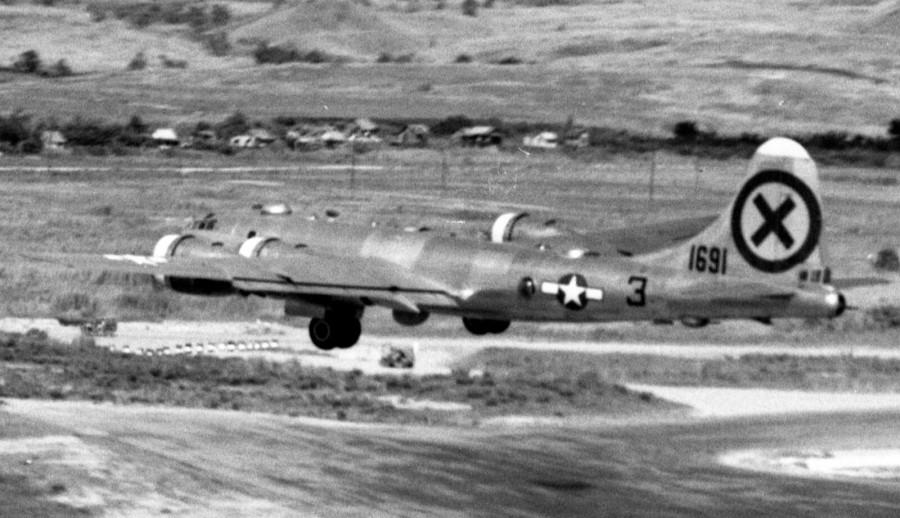 B-29,#44-61691,_1691,tail-Circle-X-3,2020-03-26,10050