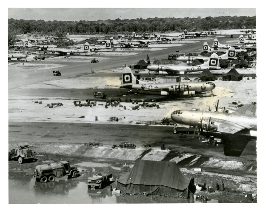 B-29,#42-93925,tail-Black-Square-O-20,[and-33],[in-field],[Marianas Islands],[y-1945-06-21],[2012 019 382_1],,2020-03-26,10044