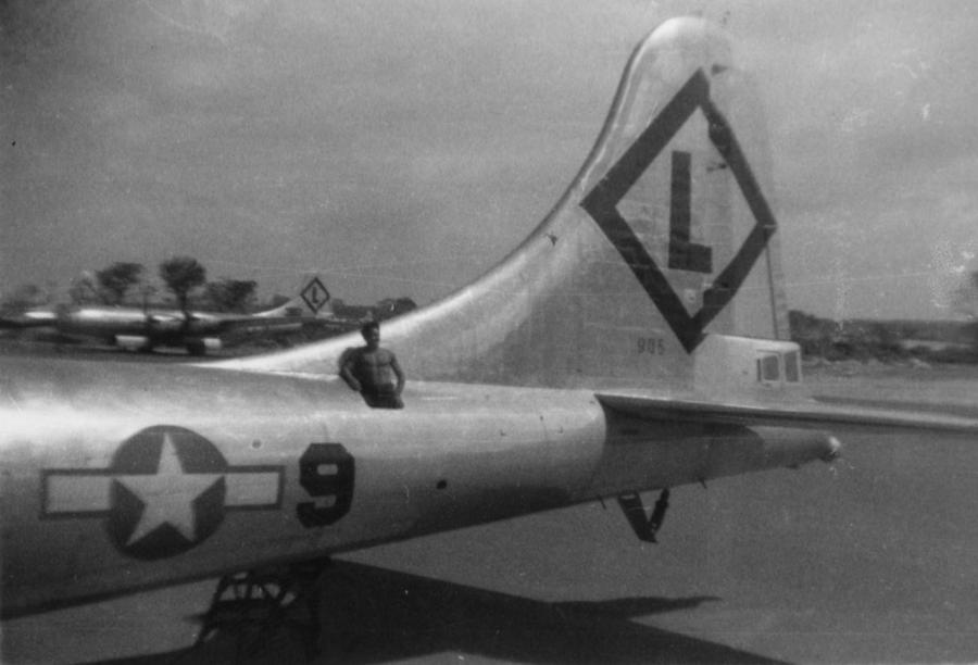 B-29,#44-83905,[k4-may-be],tail-Diamond-L-9,331BG,[2019-10-27_23-41-18],,2020-03-18,00093