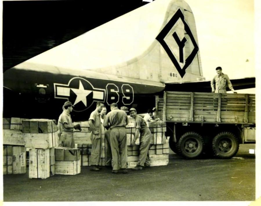 B-29,#42-63680,tail-Diamond-Y-69,501BG,[Burwell Scrapbook 500BG-photo-145-r],,2020-02-24,00111