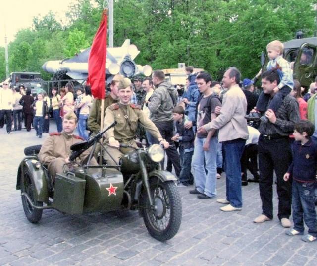 мотоцикл с парада 9 мая