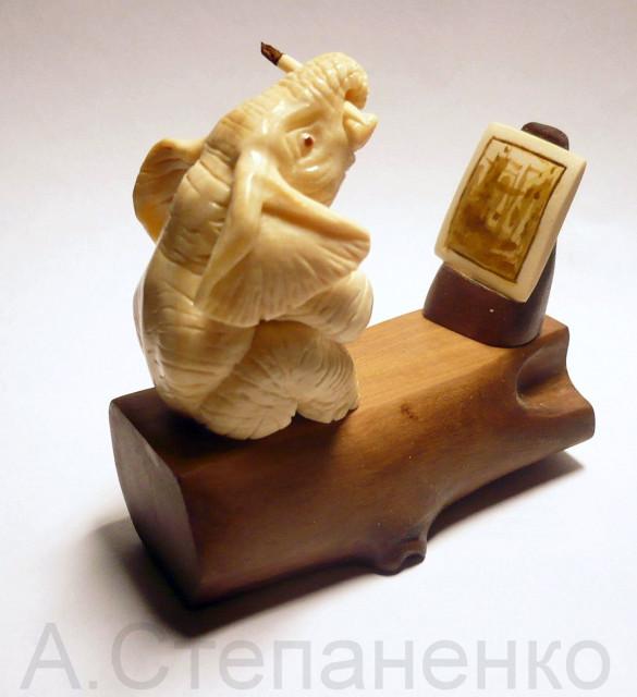 Слон художник
