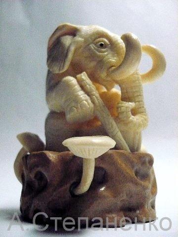 Слоник и грибы 3
