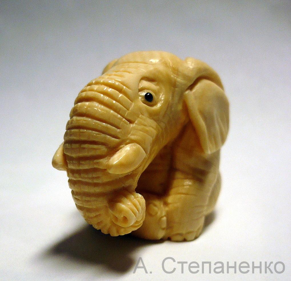 Удивленный слоник. Работа А. Степаненко.