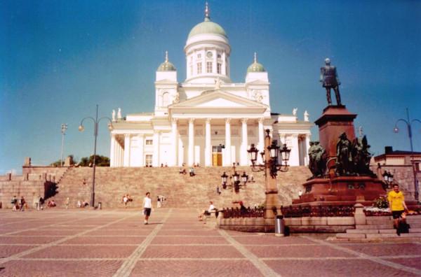 Сенатская плозадь. Кафедральный собор. Памятник Александру 2