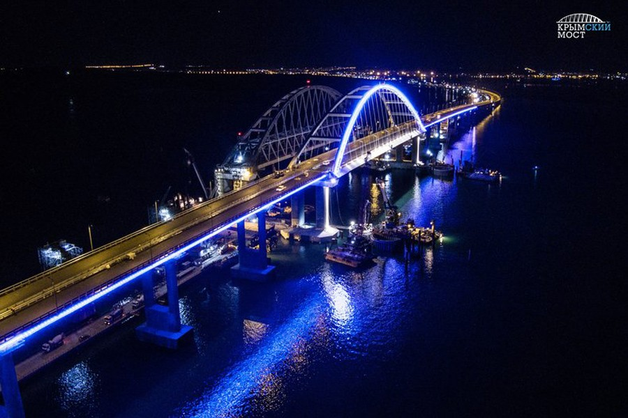 Кобзон, Лещенко и другие отказались быть на открытии Крымского моста