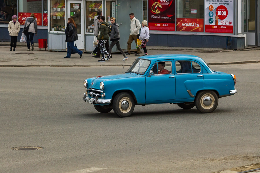 1. Москвич-402