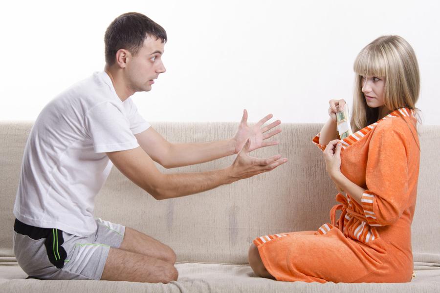 Жена расслабила мужа руками