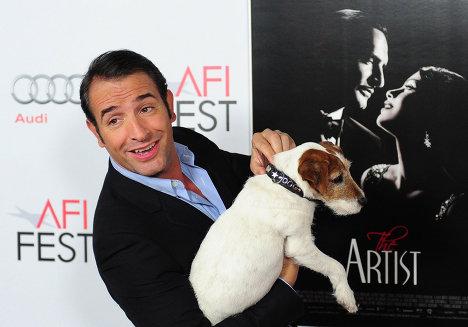 Терьер Угги - первая собака, получившая «Оскар»