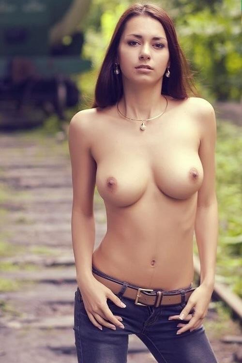 сиськи девушки фото