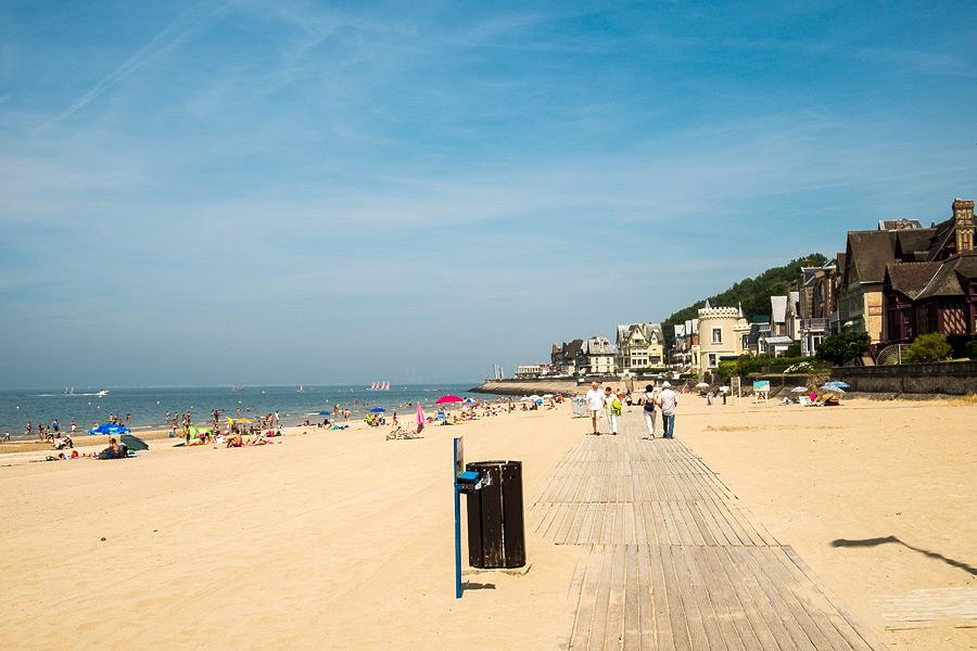 Пляжи Трувиля. Фото Трувиль.