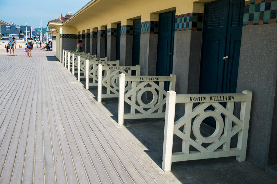 Пляжи Довиля. Фото Довиль.