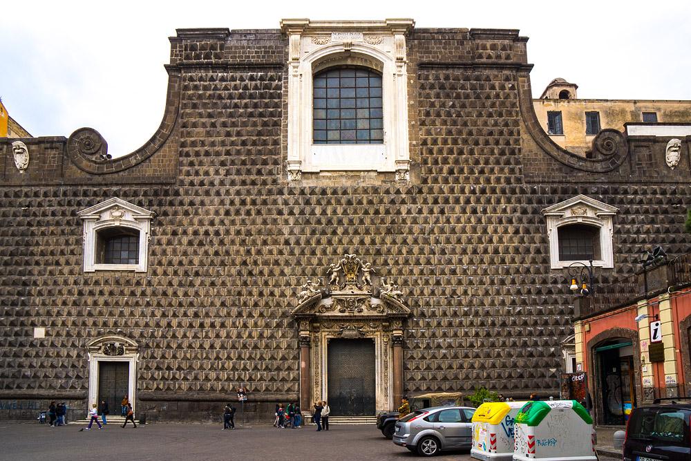 Церковь Джезу Нуово
