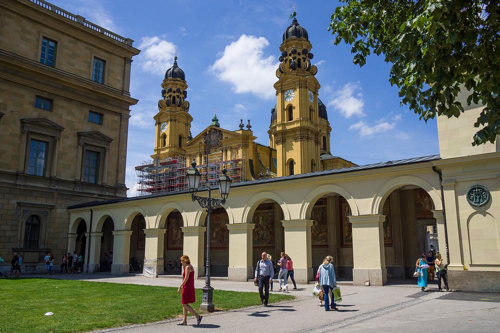 Мюнхен достопримечательности Мюнхена что посмотреть в Мюнхене Бавария велопоездка по Баварии SC06829