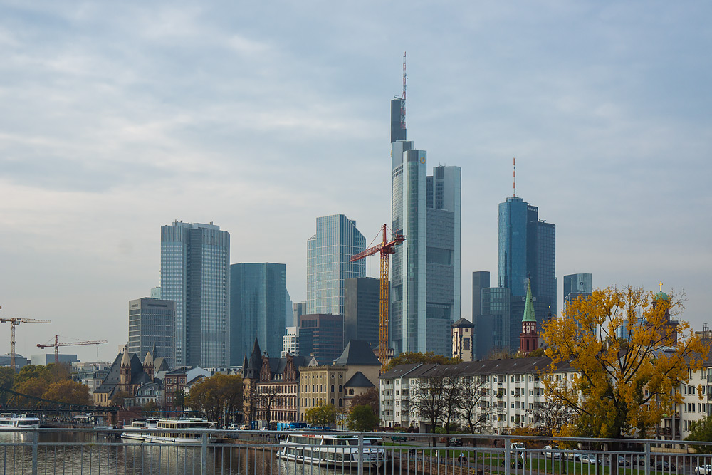 Пересадка во Франкфурте Что посмотреть во Франкфурте достопримечательности Франкфурта отзыв о Франкфурте Что посмотреть во Франкфурте за три часа