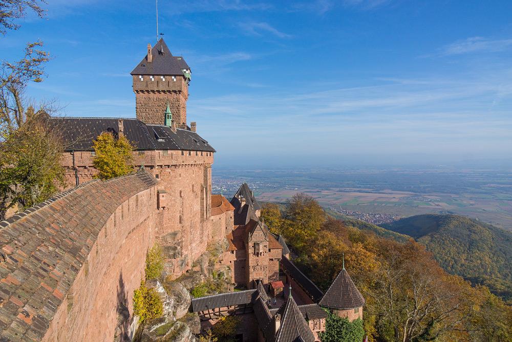 Замок Высокий Кенигсбург. Замки Эльзаса фото.