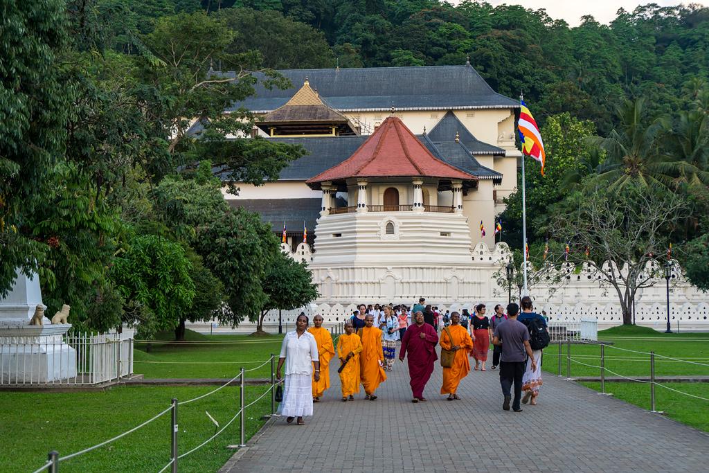 Канди Шри-Ланка. Что посмотреть на Шри-Ланке. Фото и достопримечательности Канди. Как добраться до Канди.