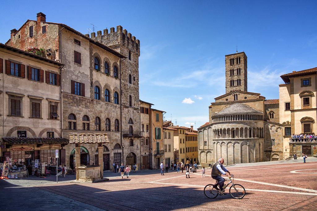 Ареццо фото. Достопримечательности Ареццо. Что посмотреть  в Ареццо за один день. Как добраться до Ареццо.