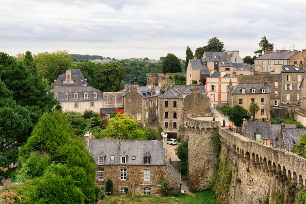 Динан Франция