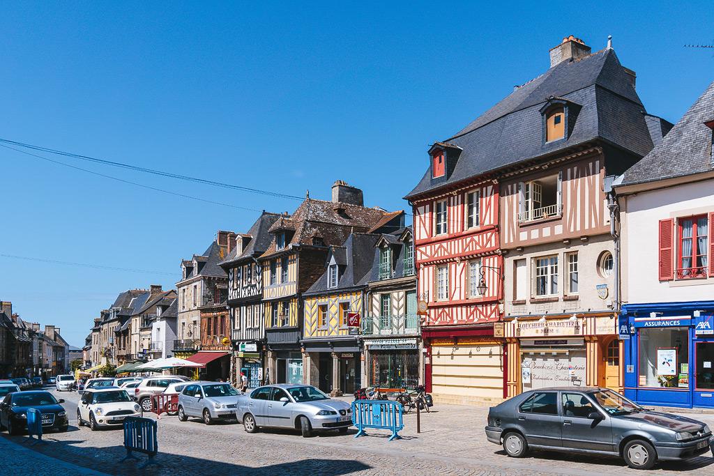 Как добраться до Доль-де-Бретань. Достопримечательности и что посмотреть в Доль-де-Бретань. Фото Доль-де-Бретань.