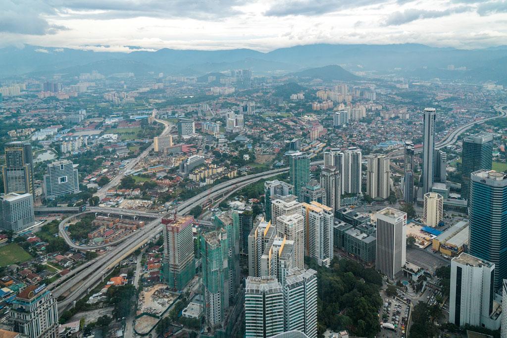 Что посмотреть в Куала-Лумпур. Интересные факты о башнях Петронас.