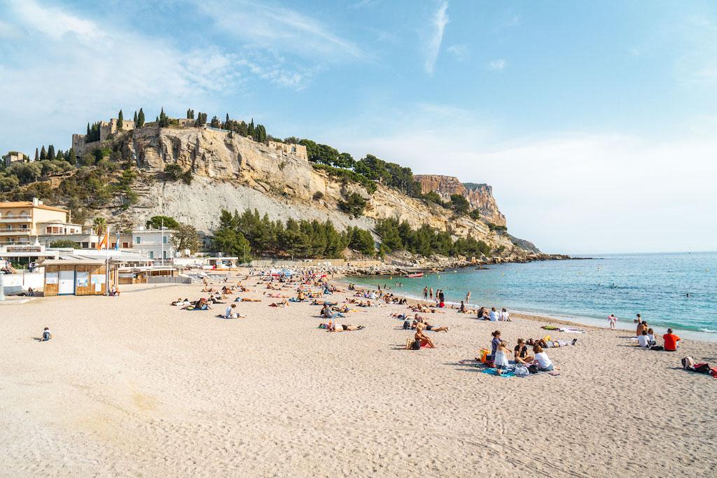Кассис пляжи