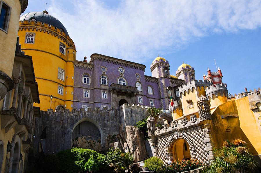 Картинки по запросу Синтра (Дворец Пена, Регалейра)