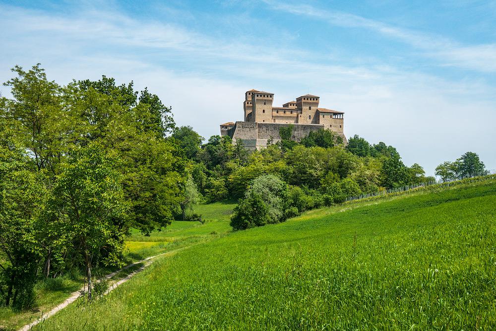 Замок Торрекьяра