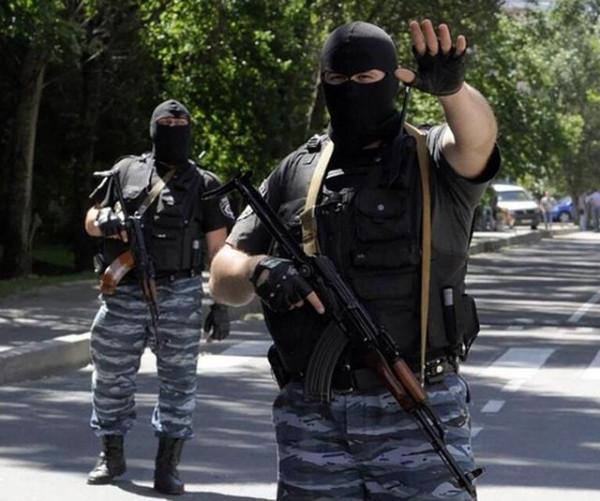 Бой за УВД Донецкой области, наяву и в фейсбуке, Бес никого не попутал