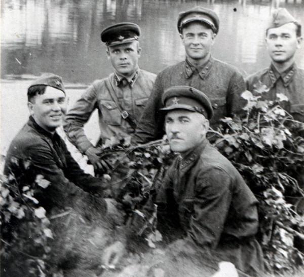 Дедушка 1937-малый
