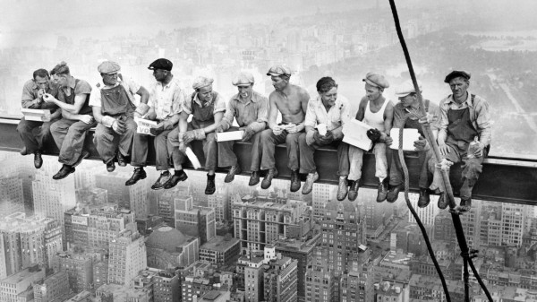 """Что у нас с рынком труда? Сколько и где платят """"после кризиса""""?"""