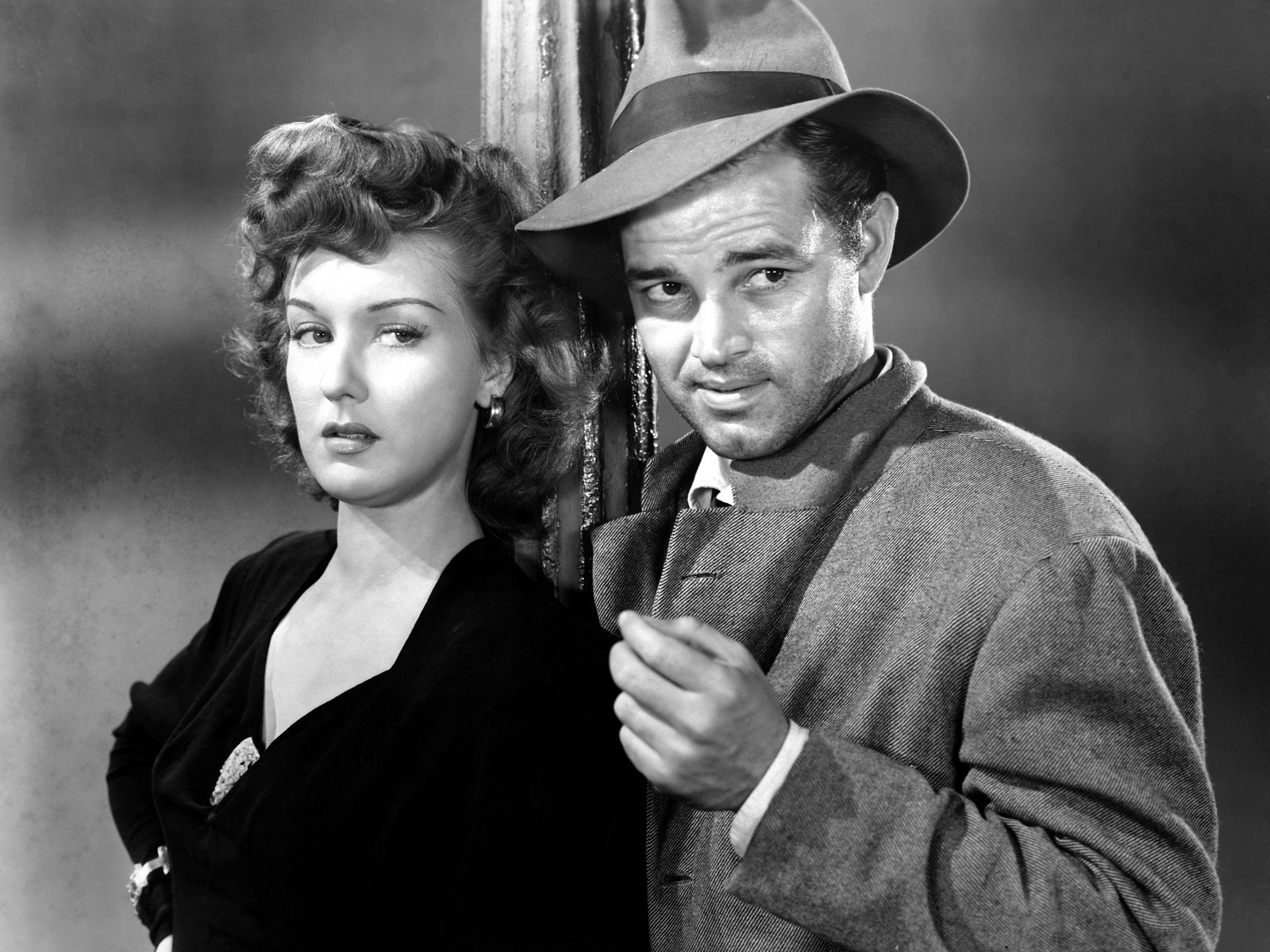 Ann Savage [Bernice Maxine Lyon] and Tom Neal in a scene from Detour
