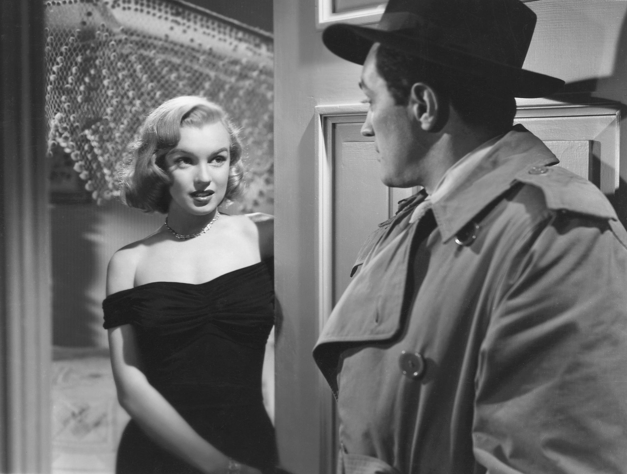 Marilyn Monroe [in Angela Phinlayin] the Asphalt Jungle 1950