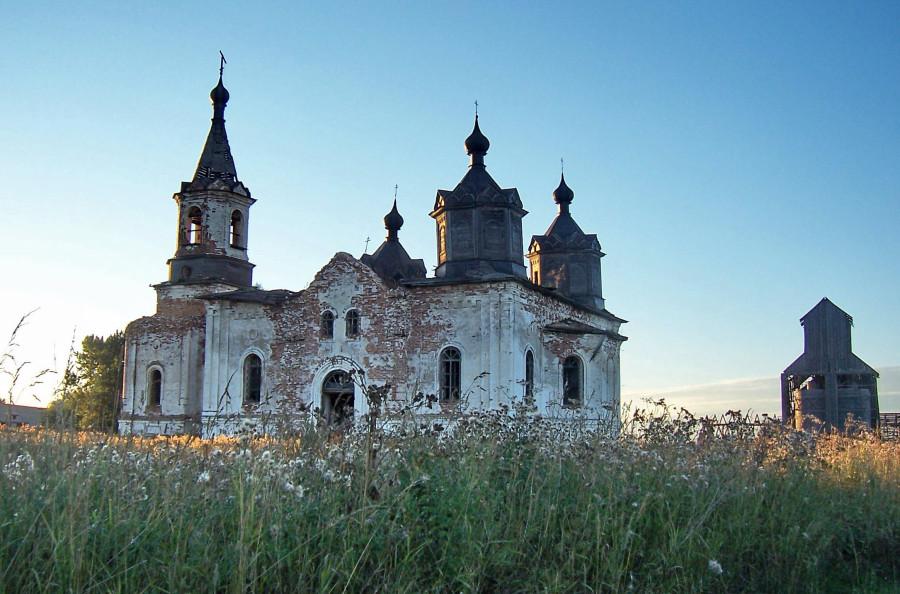 Богородице-Рождественская Хотеновская церковь