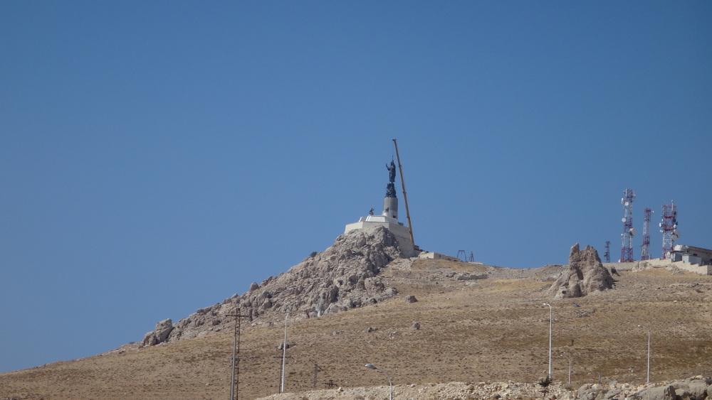 Cherubim_Convent_monastery_2013_10_14_Jesus_Christ_monument_1_Deir_Ash Sherubim_www_mpda_ru