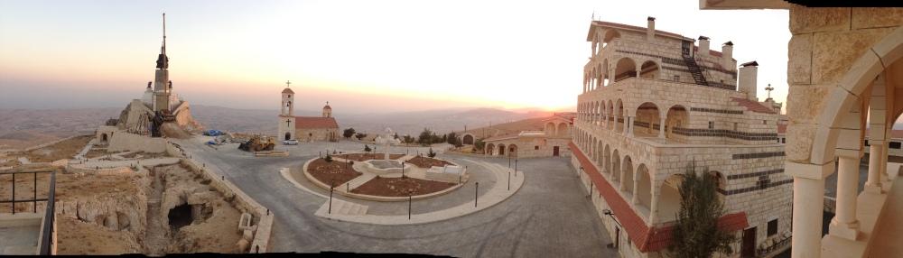 Cherubim_Convent_monastery_2013_10_14_Deir_Ash Sherubim_1_monastery_panorama_www_mpda_ru