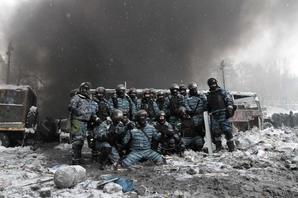 Euromaidan_2014_01_22_Bercut_victory
